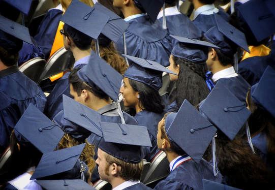 Deal To Keep The Government Running Cuts $303M From Pell Grant Program