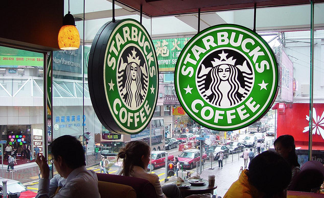 """Starbucks Isn't Seeing """"Any Of The Noise"""" Expected Over Rewards Program Overhaul"""