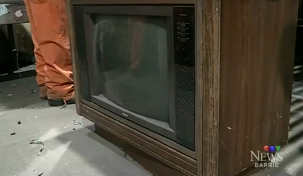Move Over Mattresses: $100,000 Found Stashed Inside Old TV