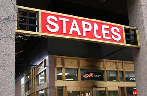 Staples Recycles Laptop By Cracking Its Screen