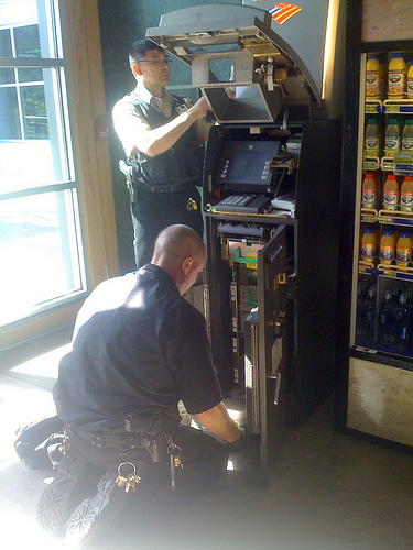 Loomis Rent-A-Cops Have Shopper Cuffed, Hauled Away Over ATM Photo