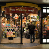Walt Disney Planning On Turning Stores Into Shopping Theme Parks