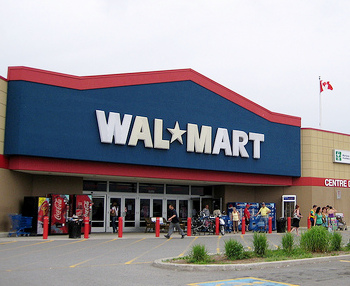 Walmart Shuts Down For 3 Hours After Shoppers Go Crazy