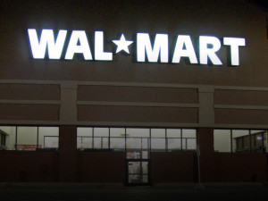 Alleged Walmart Shoplifter Dies After Being Tackled