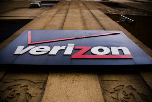 Verizon Denies It Charges You $2 Each Time You Mistakenly Press A Certain Button On Your Phone