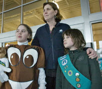 Evil, Evil Person Steals $800 From Cookie-Selling Girl Scouts