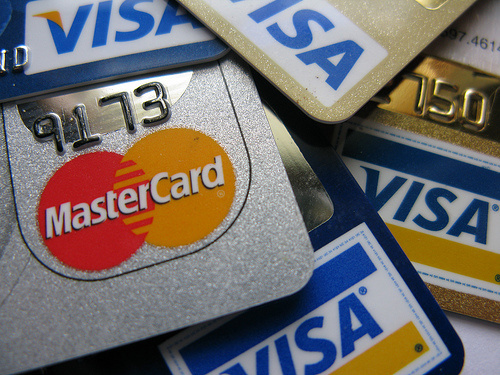 Banks Introduce Comprehensible Credit Cards Before Reforms Apply