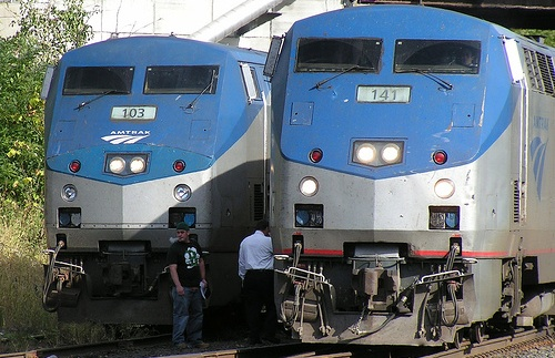 Halve Your Shipping Costs With Amtrak