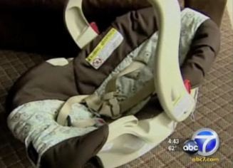 Mom Threatened With Being Booted From Plane For Using Baby Seat