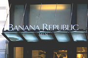 Banana Republic Register Mishap Leaves You With Neither GIft Card Balance Nor Clothes