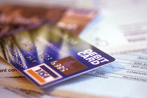 New Rules To Cap Credit Card Late Fees At $25
