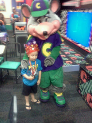 Did Chuck E. Cheese Give The Middle Finger To My 4-Year-Old?