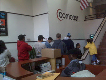 Comcast Tells Customer On Demand Doesn't Work For Many Chicagoans At Night