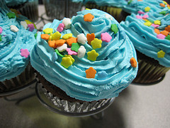 TSA Agent Confiscates Cupcake On Grounds That Its Delicious Frosting Could Be Explosive