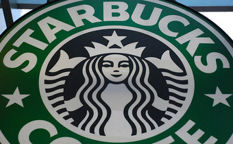 Unexpected Starbucks Apology Overflows Your Rewards Card With Delicious Credits