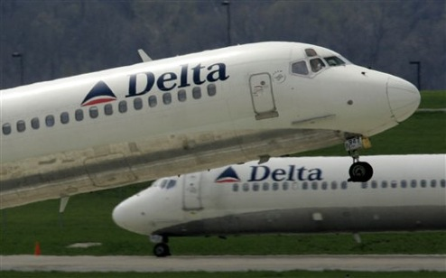 Fuel Surcharges Hit Delta's Frequent Flier Program