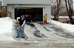 How To De-Ice Your Driveway