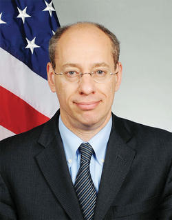 Help Us Out With Questions For FTC Chairman Jon Leibowitz