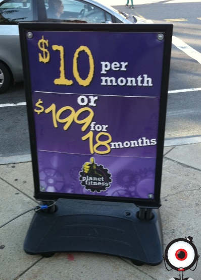Planet Fitness has a policy that relegates cellphone use to the gym lobby.