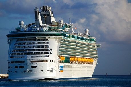 Royal Caribbean To Levy Late-Night Room Service Charge