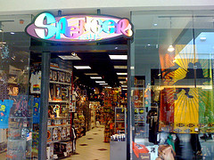Police Raid Spencer Gifts, Confiscate 'Sex-Related' Products