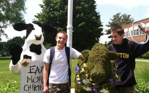 Chick Fil-A Is Totally Cool With You Stealing Its Topiary Cow