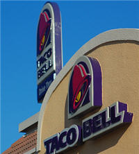 Taco Bell Employee Allegedly Spit, Urinated in Food