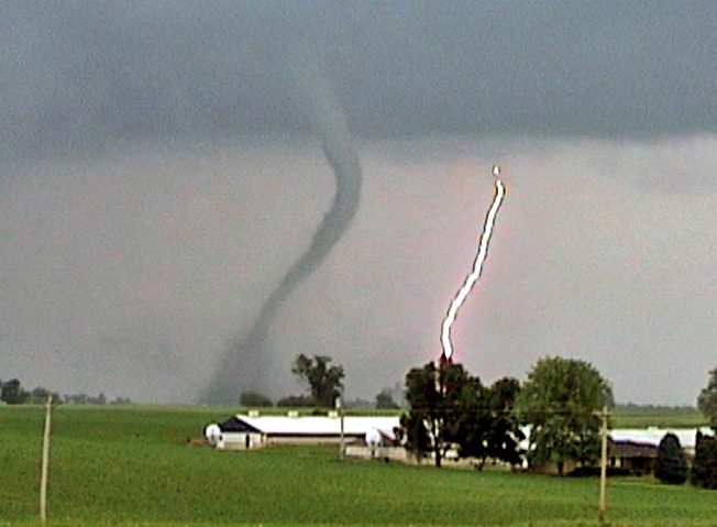 Get Your Tornado Insurance Settlement Check Fast