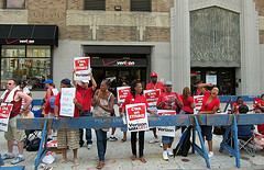 Striking Verizon Workers To Lose Benefits If Strike Continues