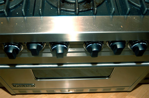 Bad Design: Viking Stove Knobs