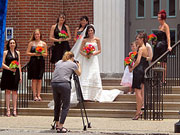Wedding Photographer Ignores Clients For 2 Weeks, Won't Give Deposit Back