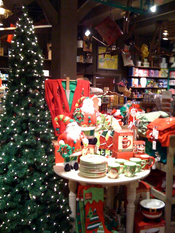 only 119 shopping days left til xmas cracker barrel reminds consumerist