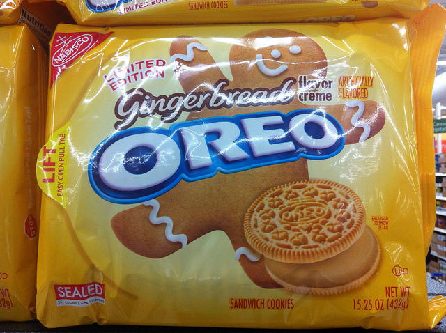 Now At Walmart Gingerbread Oreos Consumerist