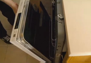 14 Months After Delivery, Sears Still Won't Actually Install Dishwasher