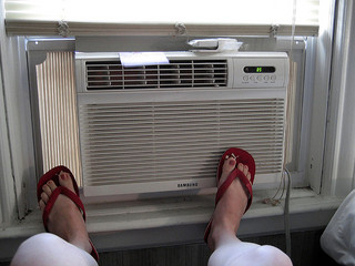 Quick Fixes For When Your Air Conditioner Isn't Working Like It Used To