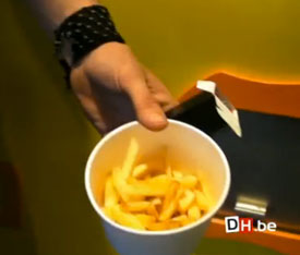 Magical Vending Machine Makes Fries For You In 90 Seconds