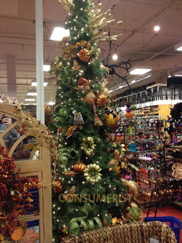 Pier One Christmas Trees.Retail Nightmare Before Christmas Reaches Pier One Canadian