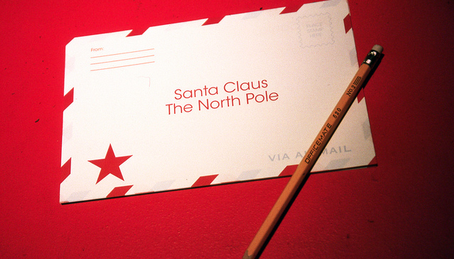 Heres how your kid can write to santa claus and get a response from oh hey north pole santa claus usps united states postal service great beyond spiritdancerdesigns Gallery