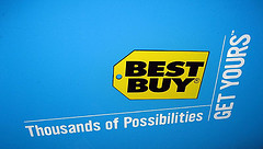 Best Buy Customer Claims Employee Stole His Identity And Used It To Buy Stuff At Best Buy