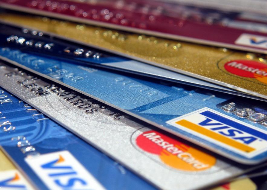 Banks are cashing in with brand name prepaid debit cards consumerist frankieleon colourmoves