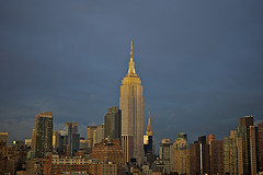 "Man Sued Over Pic Of Topless Woman At Empire State Building Redefines ""Tourist Attraction"""