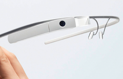 Man Wearing Google Glass Claims Movie Theater Called FBI To Arrest Him For Piracy