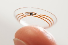 Google Testing Smart Contact Lenses And Already It Feels Like Something Is Stuck In My Eye