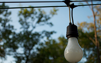 Dimmer Switch On Enforcement Unlikely To Darken Lightbulb Efficiency Standards