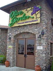 Olive Garden Will Provide Free Babysitting If You'll Eat Dinner There (One-Night Only)