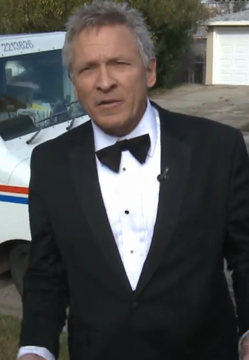 Mailman Retires In Style, Wears A Tuxedo To Celebrate His Final Rounds