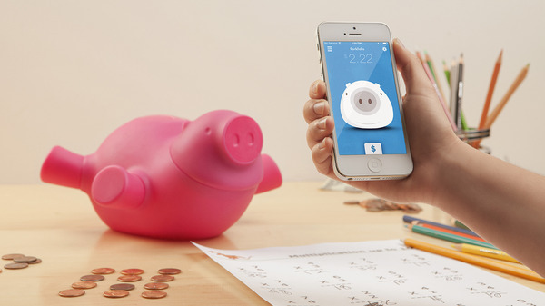 Quirky's own wifi-enabled piggy bank is empty.