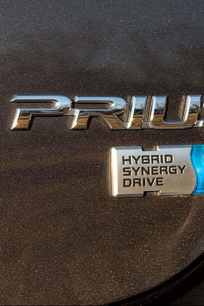 Low Gas Prices Make People Less Interested In Hybrid Cars