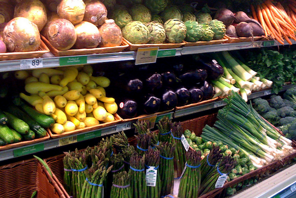 "Report: Grocers Failing In Commitment To Open New Stores In ""Food Deserts"""
