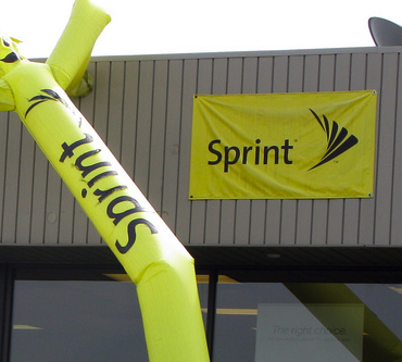 Sprint To Lay Off 2,000 Customer Service Employees